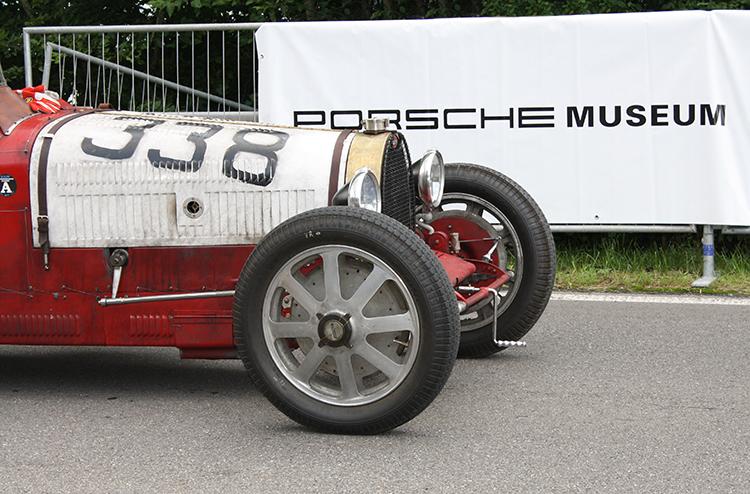 autos clásicos Bugatti 51A Motor en Marcha